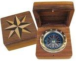 Kompas-in-houten-kistje